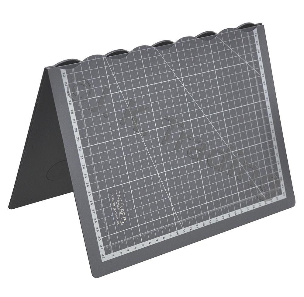 fm-grey-folded-1000